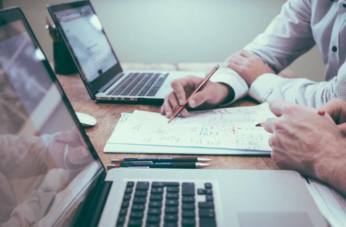 助成申請の入力や書類提出