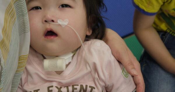 「この子と笑って暮らしたい」医療的ケア児や重症心身障害児の地域生活をピアサポート