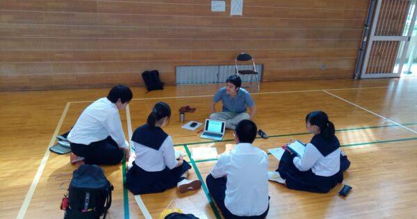 大人との対話によって若者の夢や志の扉を開きたい  ~中学・高校キャリアセミナー~